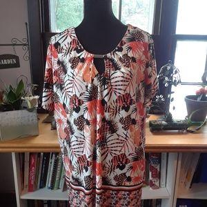 4/$15 Size 2X plus short sleeve tropical shirt